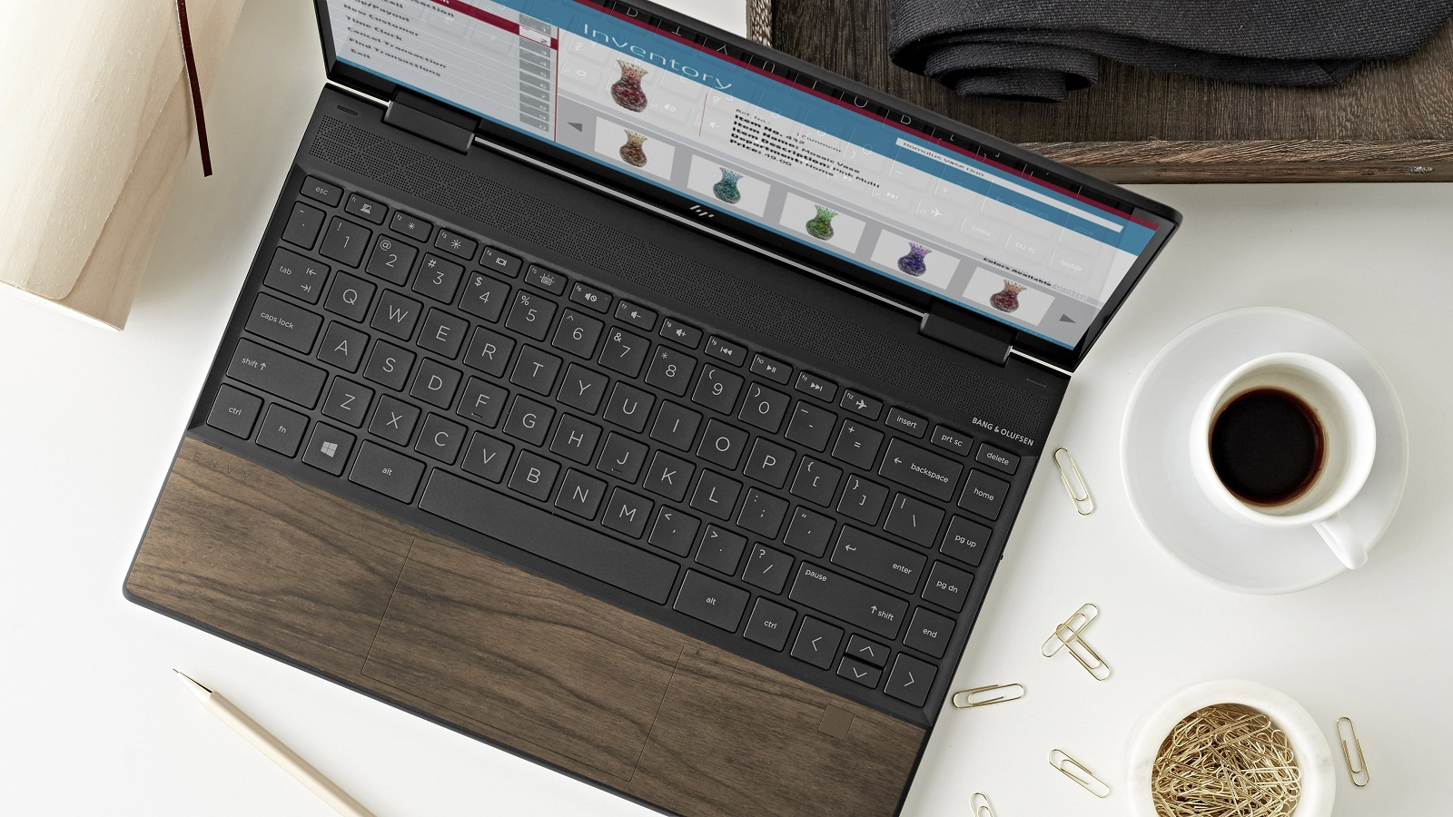 Así se ve Envy Wood, la nueva notebook de HP en madera